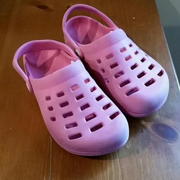 f39ec4f38c9d Airwalk Shoes | Croc Like Pink Slip On | Poshmark